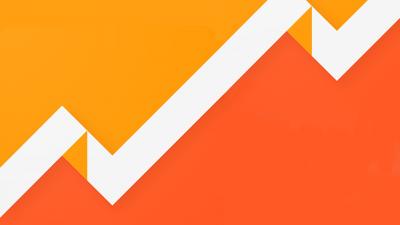 Xem báo cáo của Webmaster Tools trong Google Analytic.