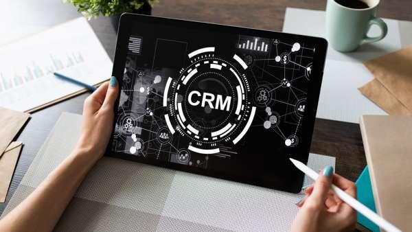 Ứng dụng CRM trong Bitrix24 – Không chỉ là quản lý khách hàng