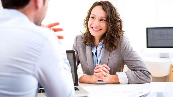 4 điều bạn nên tránh khi đánh giá hiệu suất làm việc của nhân viên